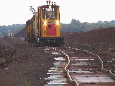 Binari sconnessi ma il treno passa lo stesso