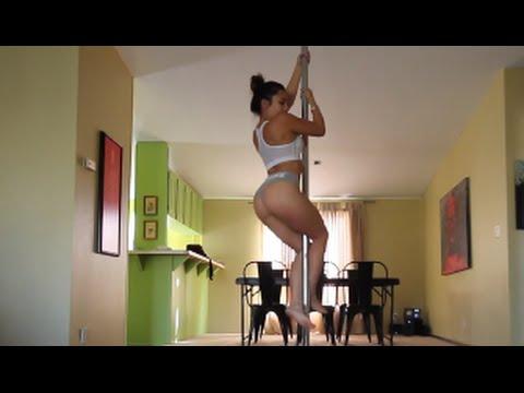 Ciara Le Gale che si allena al palo… difficile