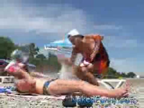 …e se a quello gli va a fuoco in spiaggia che si fa?