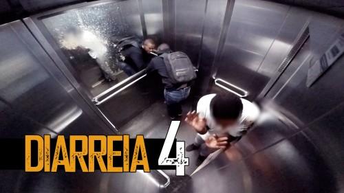 Esilarante attacco di diarrea in ascensore