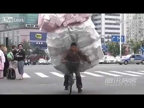 In pieno centro urbano in asia è concesso di tutto